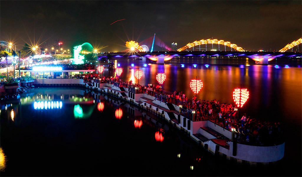 Cầu tình yêu - Địa điểm du lịch Đà Nẵng