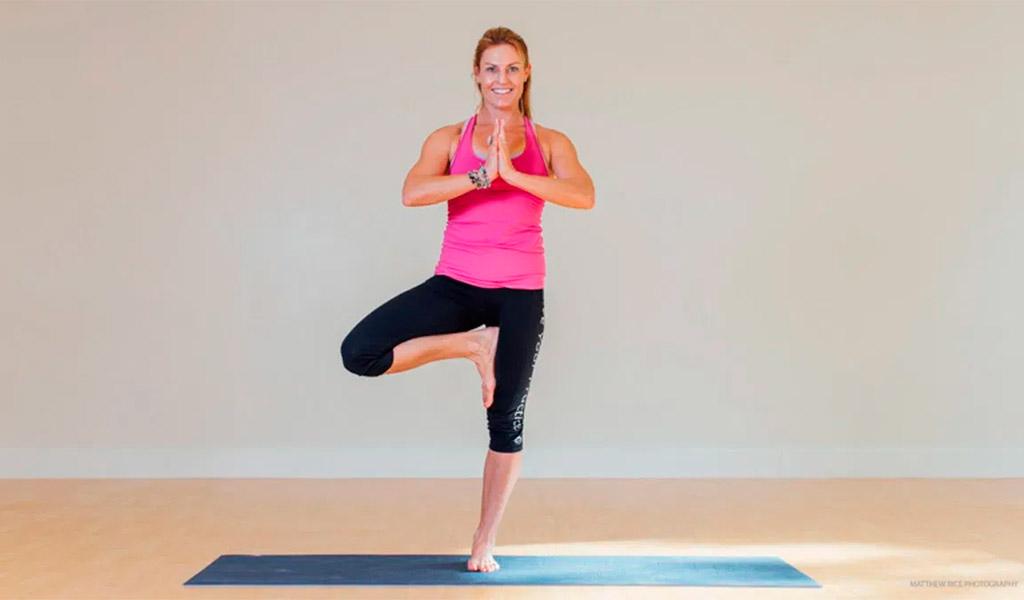 Tư thế cái cây, bài tập Yoga cho người mới bắt đầu
