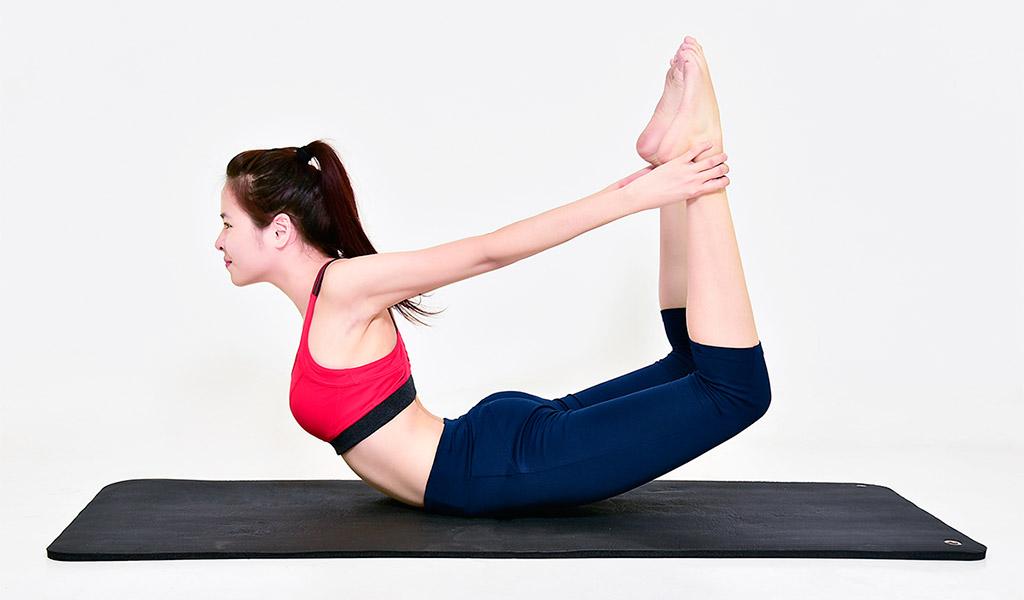 Tư thế hình cánh cung, bài tập Yoga giảm cân hiệu quả