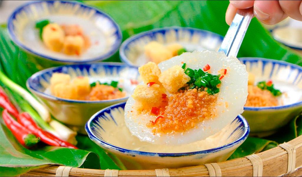 Bánh bèo nóng hổi, thơm ngon, hấp dẫn tại Đà Lạt