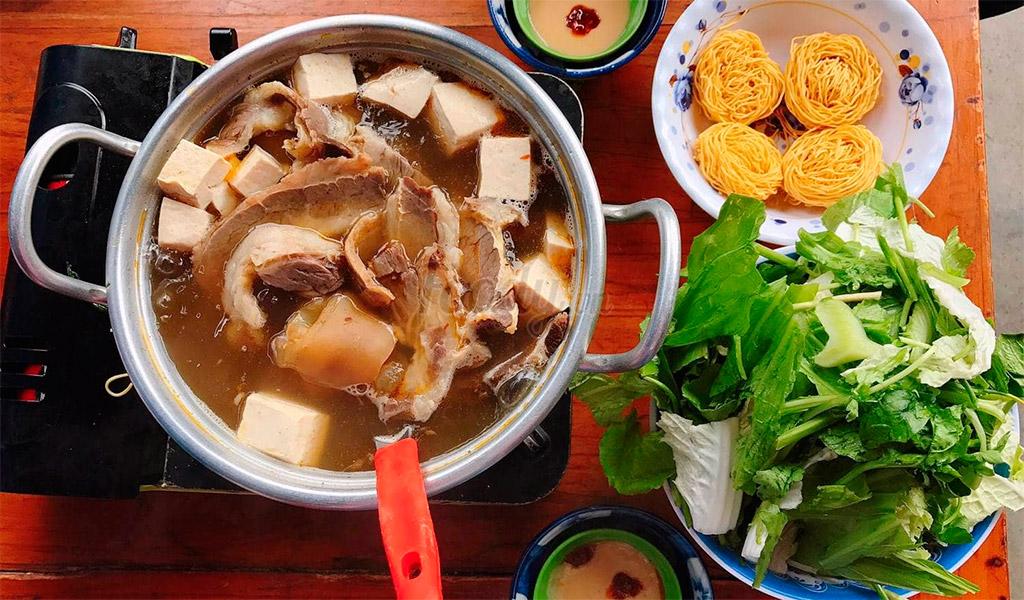 Lẩu bò Ba Toa, món ngon thú vị, hấp dẫn