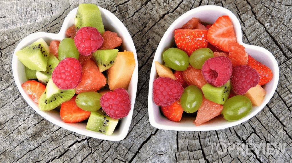 Trong trái cây có chứa rất nhiều vitamin, dưỡng chất tốt cho cơ thể.