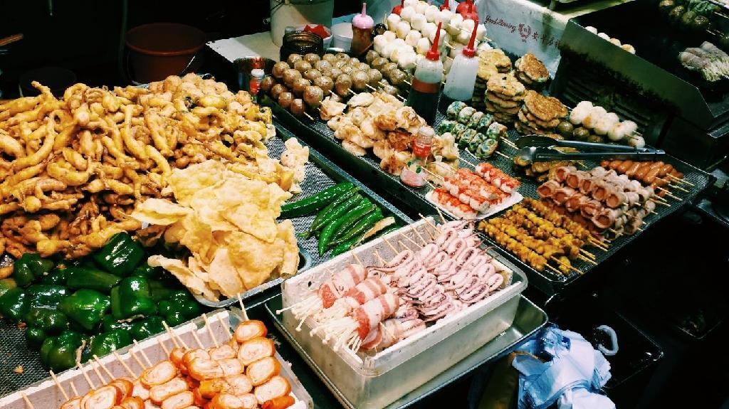 Top con đường ăn uống ở Sài Gòn