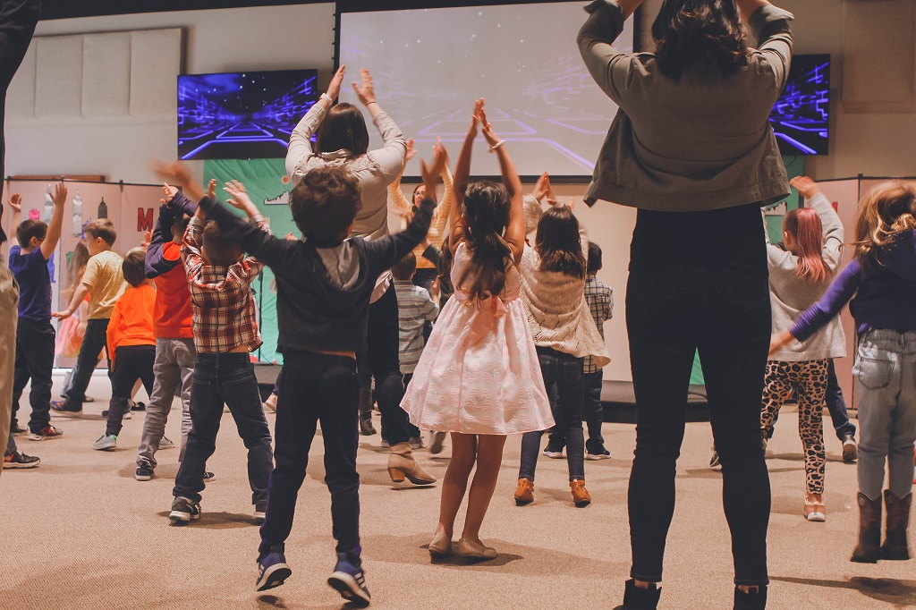 Nhảy zumba giúp gắn kết con người lại với nhau