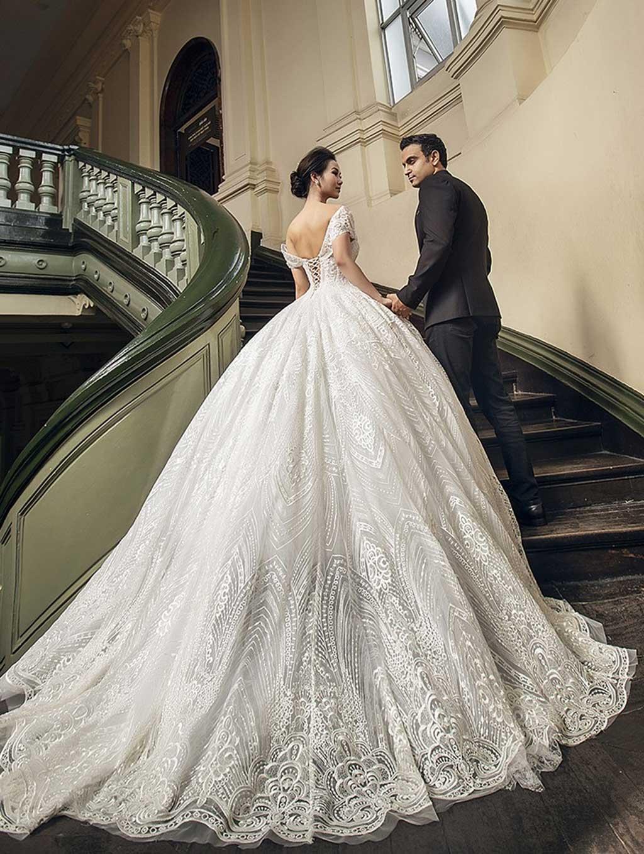 kiểu áo cưới đẹp phong cách hàn quốc màu trắng
