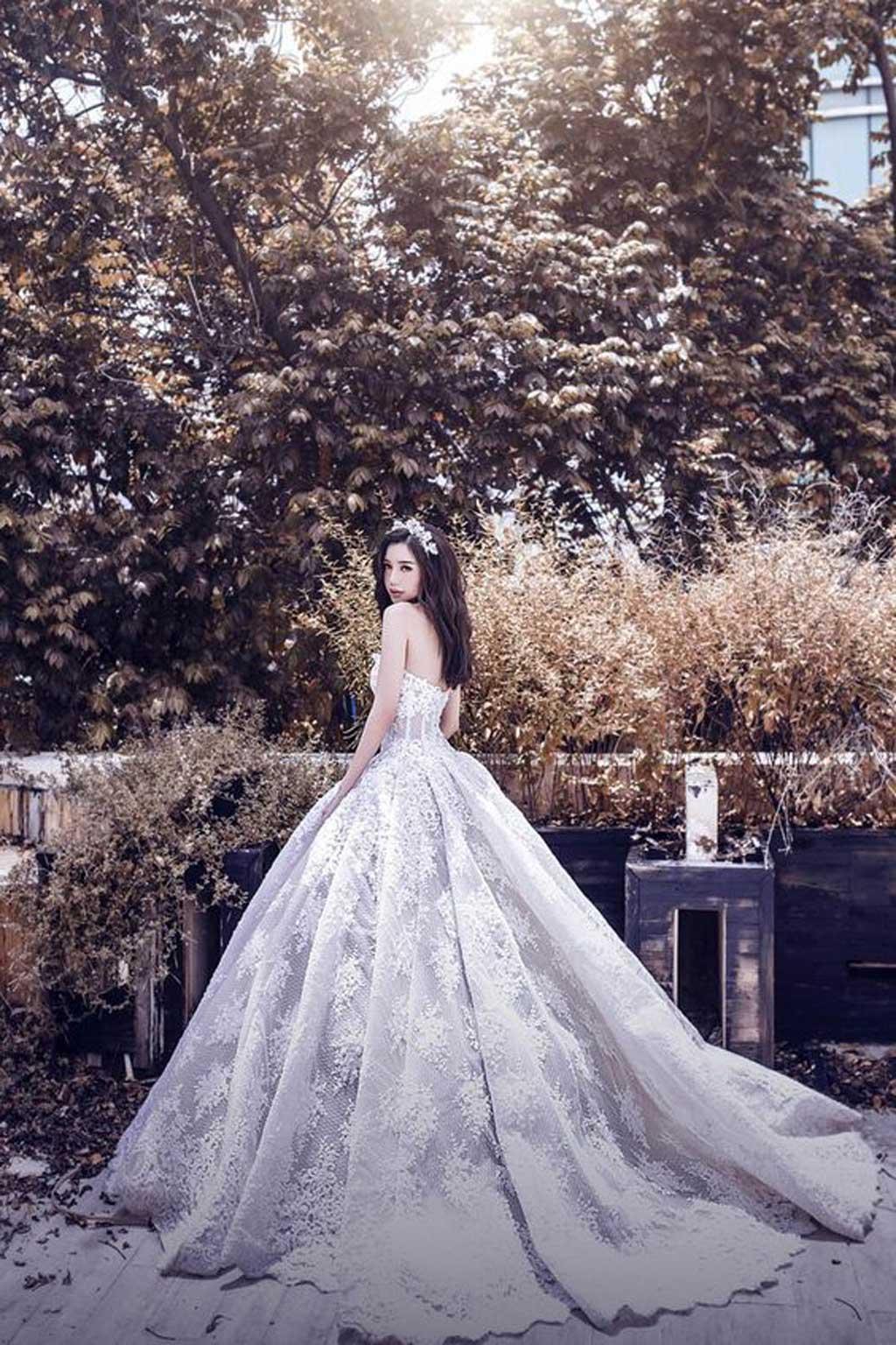 Kiểu áo cưới đẹp phong cách công chúa sang trọng