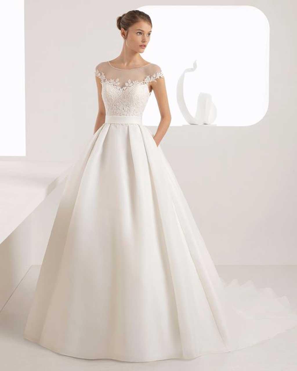 mẫu váy cưới chữ a hở vai