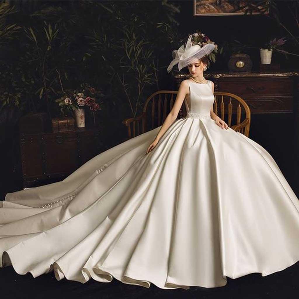 Váy cưới công chúa phong cách hiện đại Top những mẫu áo cưới đẹp nhất ai cũng muốn mặc.