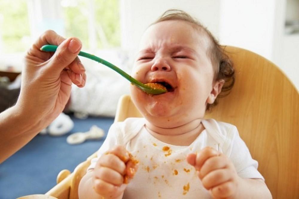Ép con ăn gây nhiều cái bất lợi hơn chúng ta tưởng.