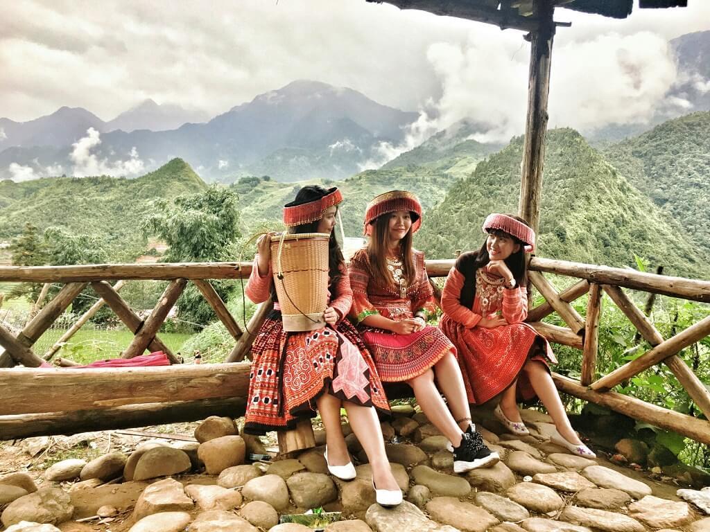 Bản Các Cát mang đậm bản sắc của người dân tộc Mông