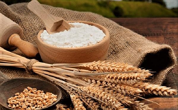 Cám gạo là một trong các loại bột thiên nhiên dưỡng da hiệu quả.