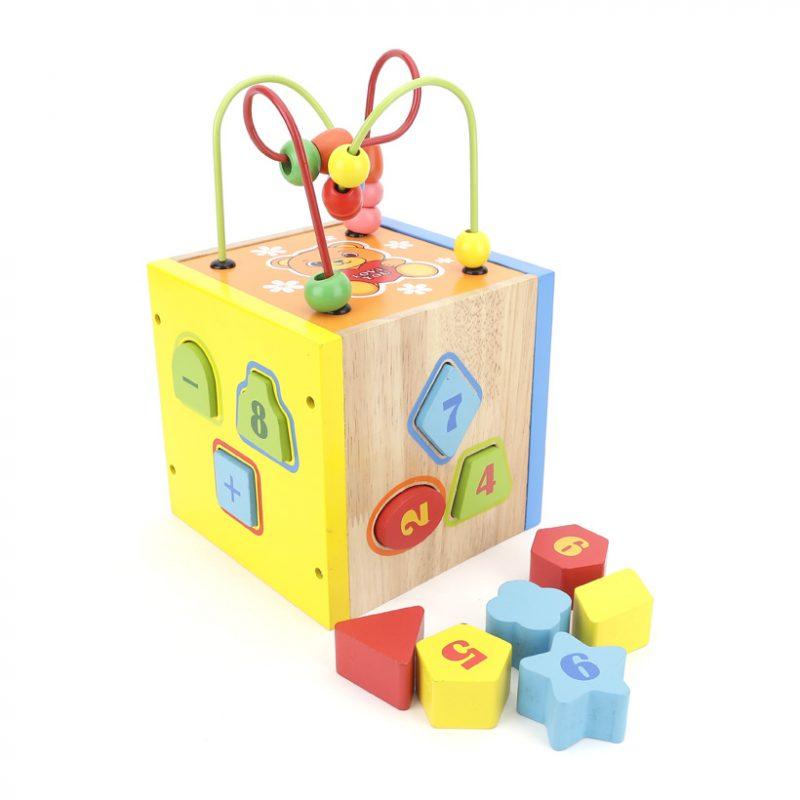 Món đồ chơi Bộ thả khối giúp con phát triển tư duy tốt hơn.