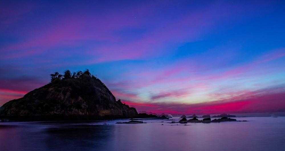 Đảo Lan Châu với vẻ đẹp huyền ảo.