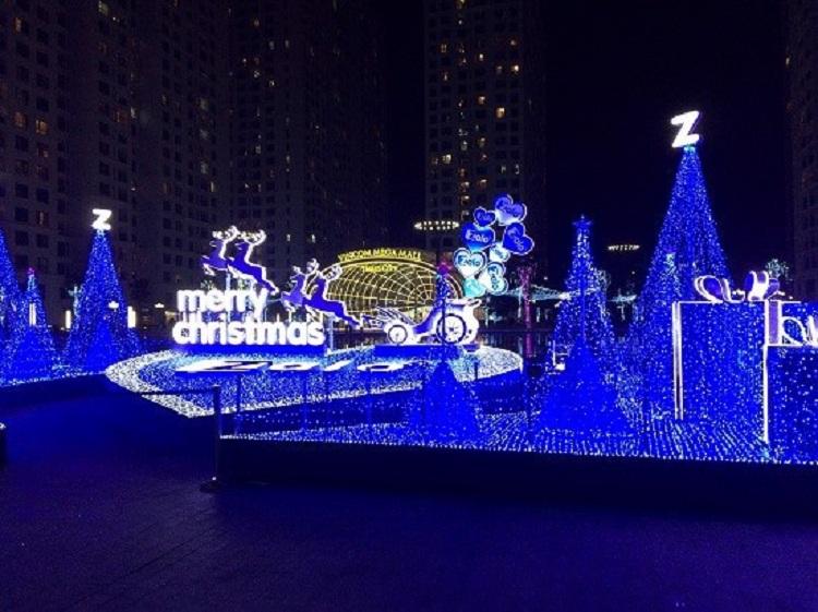 Buổi tối đêm Giáng sinh tại Times City