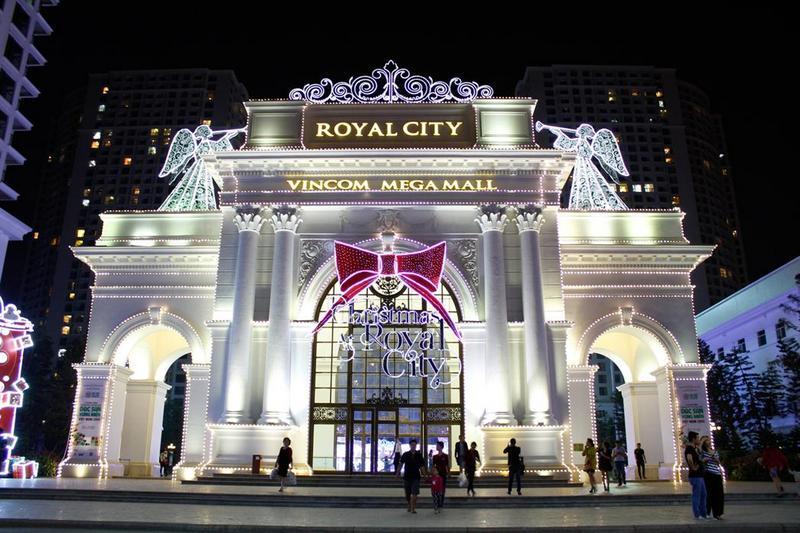 Royal City với khu vui chơi giải trí với nhiều trò chơi hiện đại