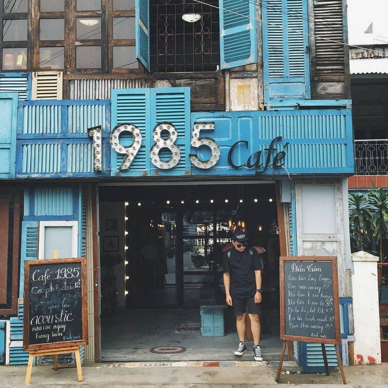 1985 Coffe thường tổ chức những đêm nhạc Acoustic