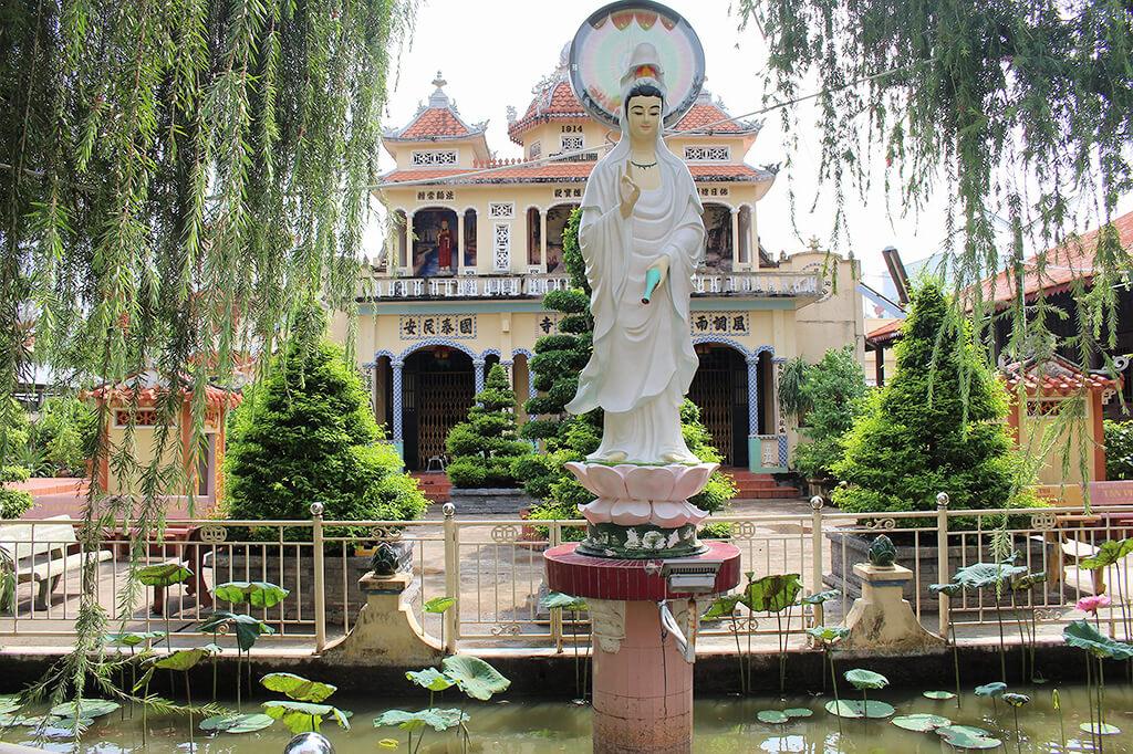 Chùa Hôi Linh có từ năm 1904 - ngôi chùa linh thiêng lâu đời