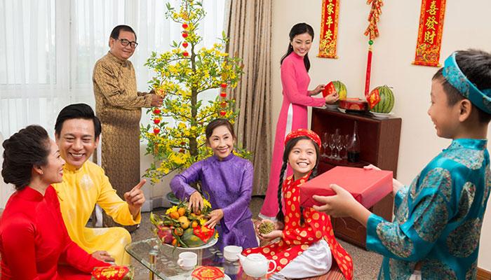 Chúc Tết đầu năm - phong tục như chào đón sự khởi đầu của năm mới