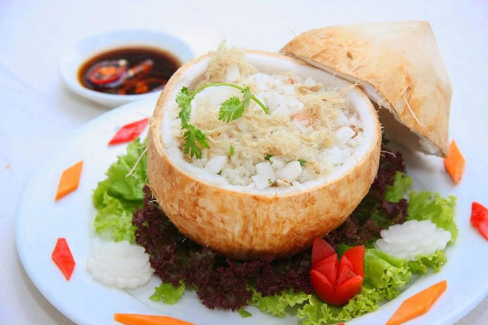 Cơm dừa - đặc sản của Bến Tre