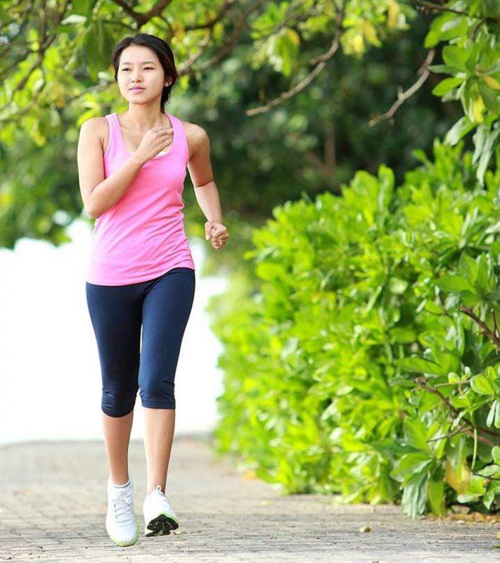 Vận động nhẹ nhàng giúp tốt cho hệ tiêu hóa tránh táo bón