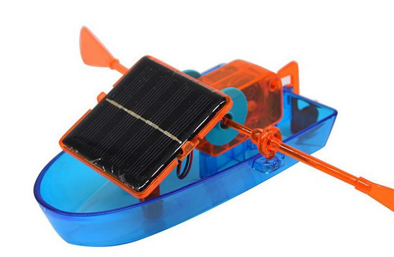 Đồ chơi thuyền năng lượng mặt trời