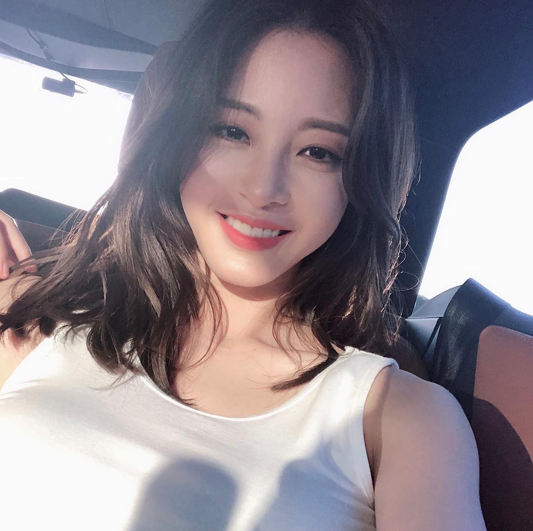 Mỹ nhân showbiz Hàn Quốc