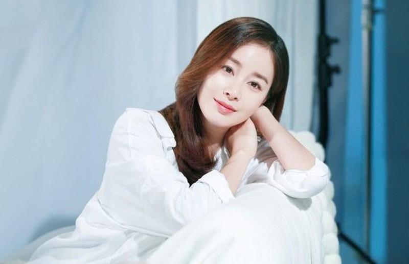 Ngọc nữ Hàn Quốc với nhan sắc không tuổi