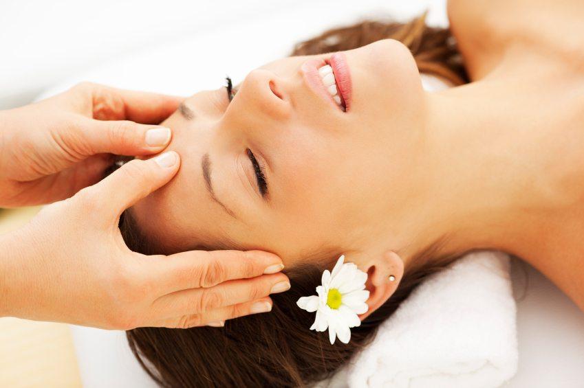 Massage giúp tóc dài ra một cách nhanh chóng, hiệu quả