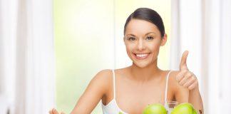 Top 8 thực phẩm làm trắng răng tự nhiên hiệu quả