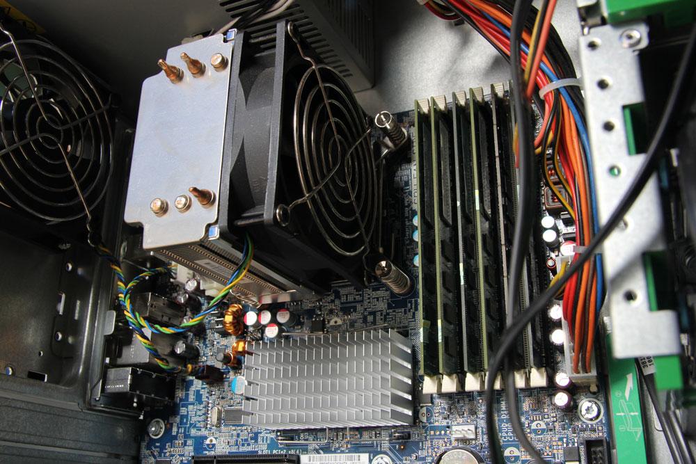 Chip Xeon cho hành trình sử dụng Z400 lâu dài, bền vững