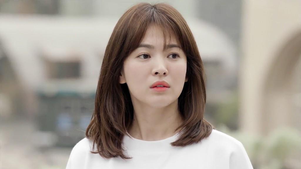 Song Hye Kyo - tượng đài nhan sắc không tuổi Hàn Quốc