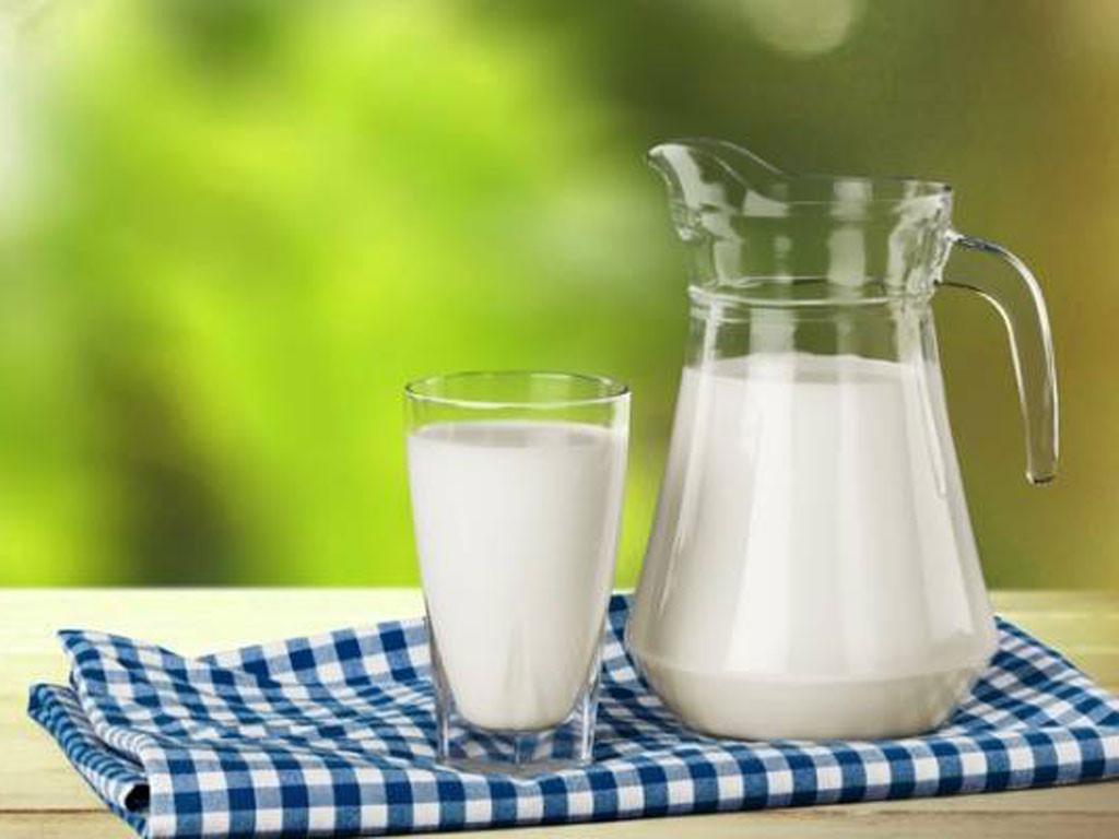 Sữa tốt cho người bị viêm loét dạ dày