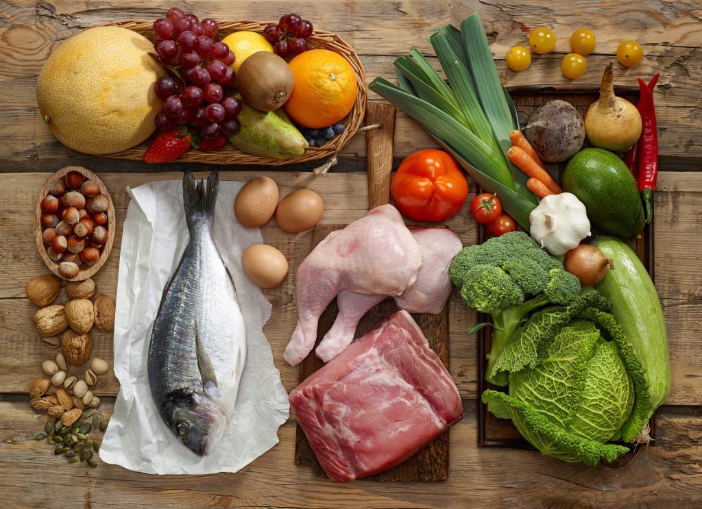 Việc cung cấp đầy đủ chất dinh dưỡng giúp trẻ phát triển chiều cao về sau