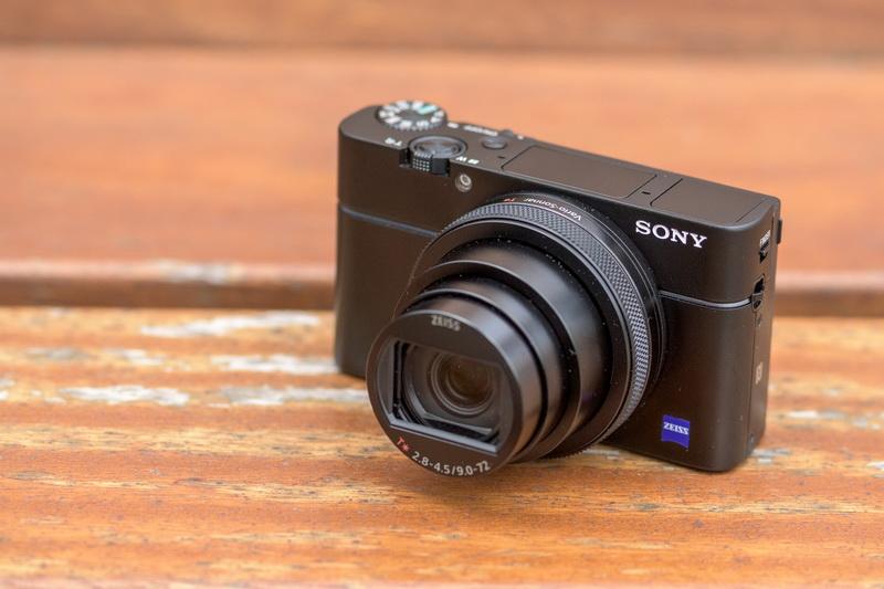 Máy ảnh Sony RX100