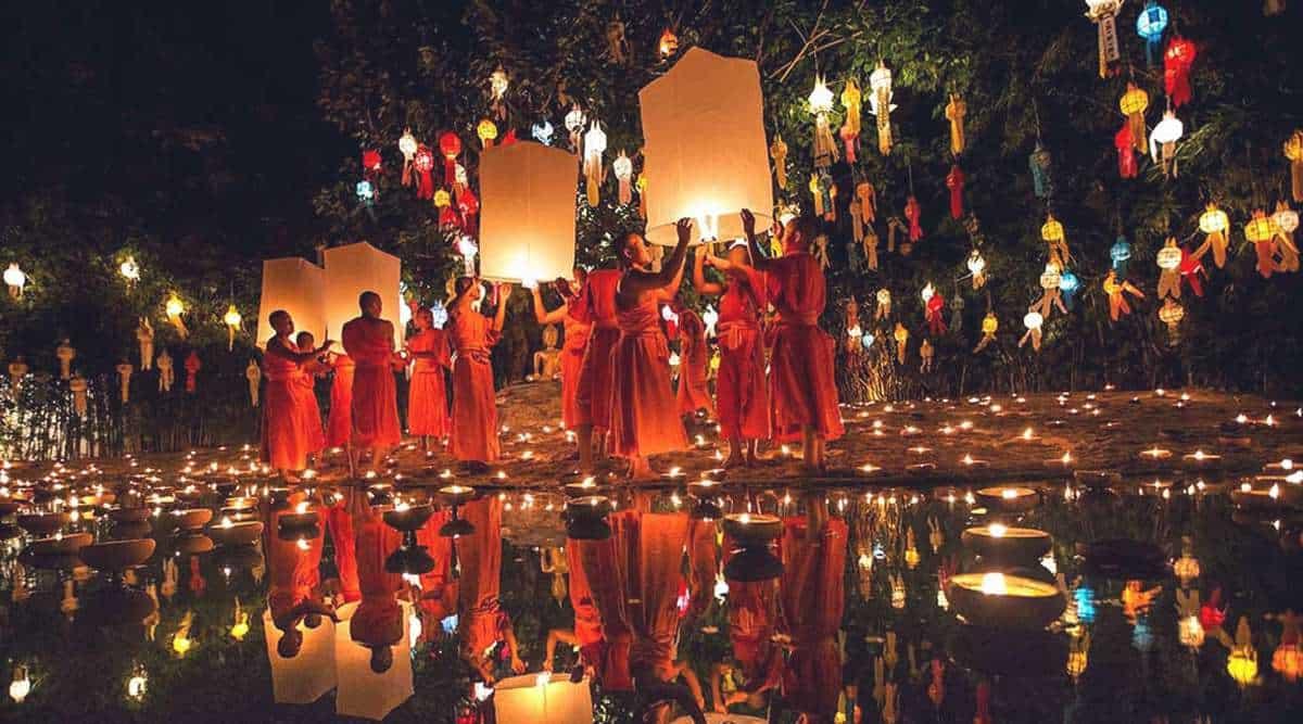 Lễ hội hoa đăng Loy Krathong - lễ hội lung linh nhất thế giới