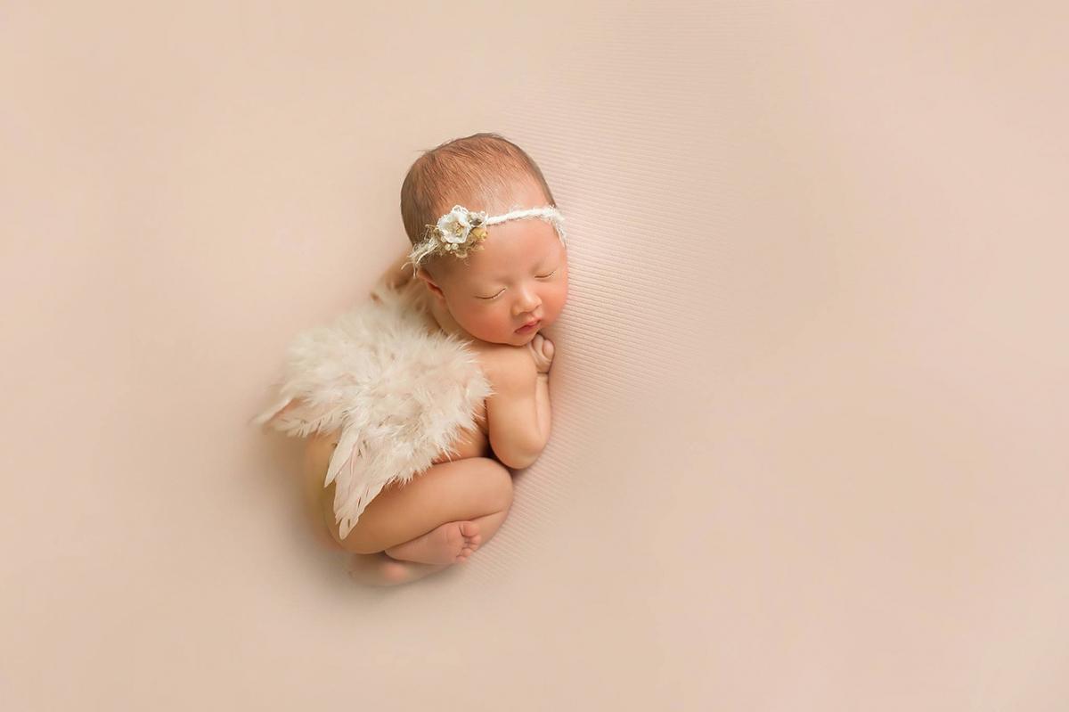 Da trẻ sơ sinh rất dễ kích ứng