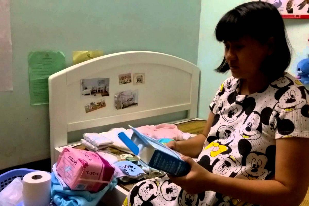 Đây đều là những giấy tờ cơ bản nhưng lại rất cần thiết và không thể nào quên hay thiếu được vì nó dùng để mẹ có thể nhập viện nhanh chóng và sinh con thuận lợi