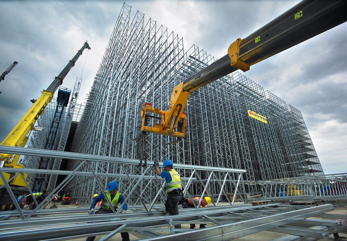 Nghề hot trong tương lai - Xây dựng vẫn luôn nằm trong top những nghề hot nhất năm 2020.