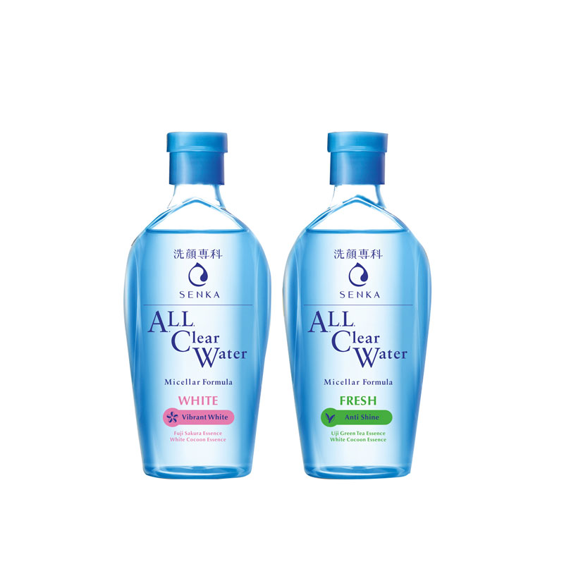 """Công nghệ Giữ ẩm độc quyền """"Aqua in Pool"""": giúp lấy đi phần lớn bụi bẩn và bã nhờn nhưng vẫn giữ lại độ ẩm tự nhiên của da, tăng cường hiệu quả của các tinh chất dưỡng ẩm khác."""