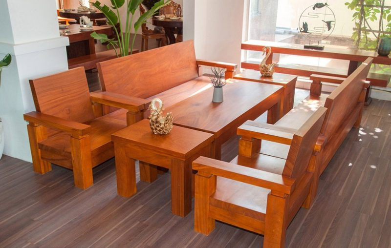 Mẫu bàn ghế gỗ Nhật lùn đơn giản, chắc chắn