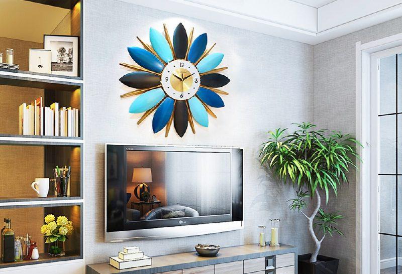 Đồng hồ treo tường kiểu hoa lá theo phong cách châu Âu