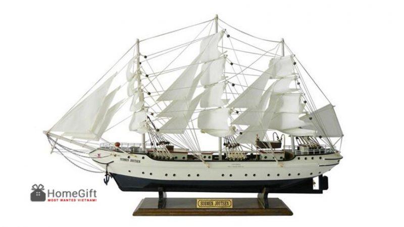 Thuyền buồm phong thủy quà tặng doanh nhân ý nghĩa