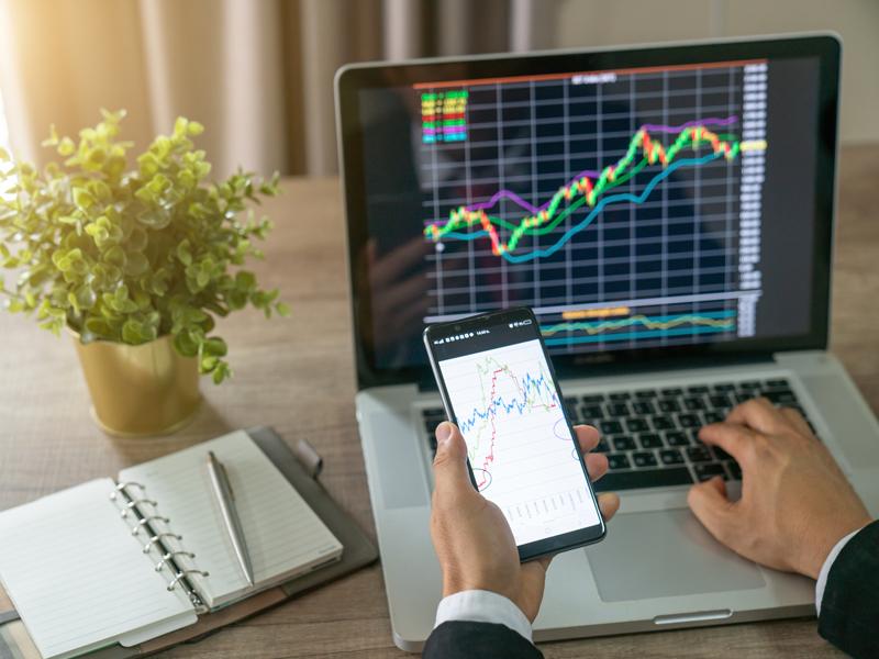 Thị trường Forex là gì? Forex có mở tại Việt Nam hay không?