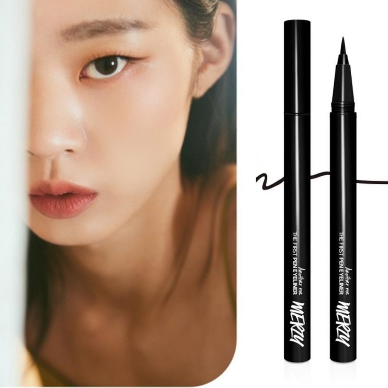 Bút kẻ mắt eyeliner Merzy The First Color với màu sắc đậm nét